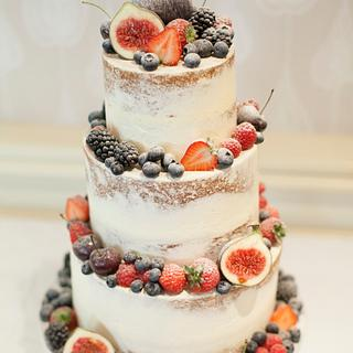 Semi-naked wedding cake with fruit - Cake by Kasserina Cakes