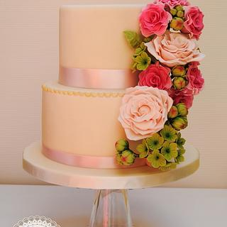 Spring bouquet wedding cake