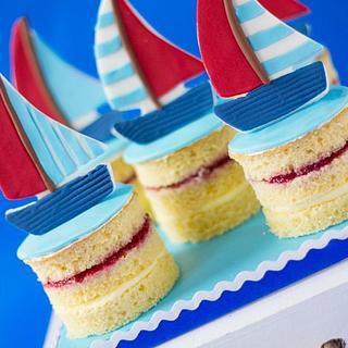 "Sailboat mini ""naked"" cakes - Cake by Bellaria Cake Design"