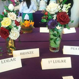 SUGAR FLOWERS FIRST PRIZE SILVER AND BRONZE