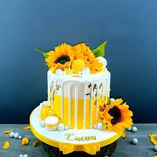 Sunflowers cake - Cake by Radoslava Kirilova (Radiki's Cakes)