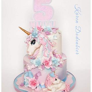 Unicorn cake - Cake by Karen Dodenbier