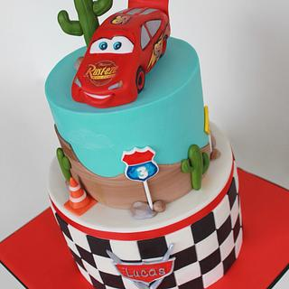 Cake with Mcqueen