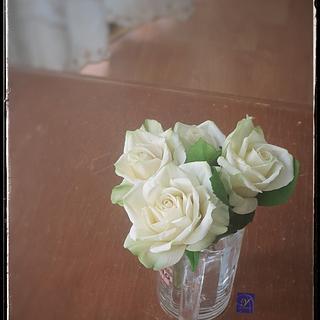 Gumpaste White Rose