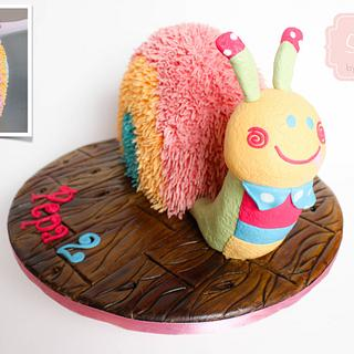 Stuffed Snail Cake