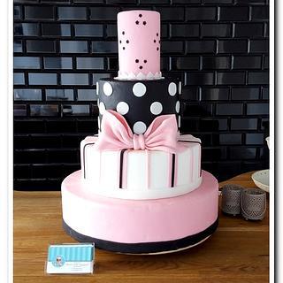 Pink and Black cake - Cake by Artystyczne Torty