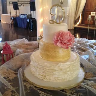 wedding cake, pink peony, ruffels, gold