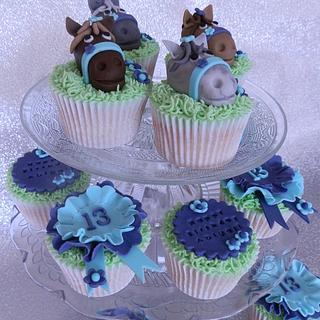 Clip Clop Pony Cupcakes
