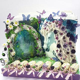 Enchanted forest book - Cake by My little cakes