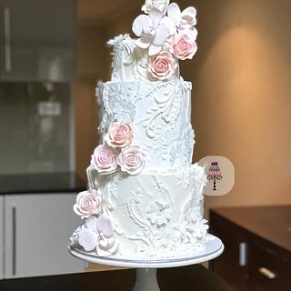 Wedding Cake with delicate details