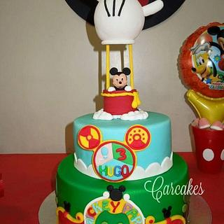 Mickey Mouse - Cake by Carcakes