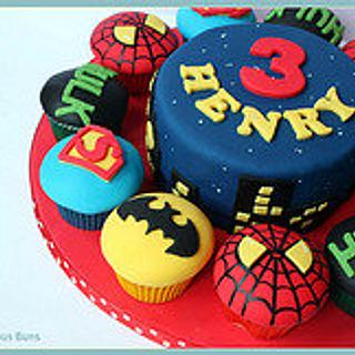 Big Cake Little Cakes : Marvel Super Heroes