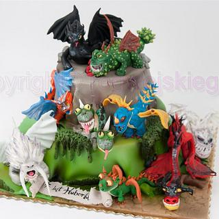 Admirable How To Train Your Dragon Cake 38 Cakes Cakesdecor Personalised Birthday Cards Veneteletsinfo