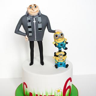 Gru and minions cake