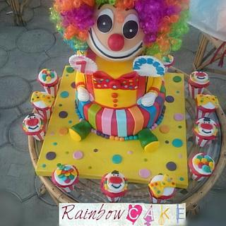 Clown cake and cupcakes
