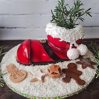 Santa boot cake in the snow - Cake by The German Cakesmith