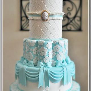 Cameo Debutante's Cake