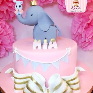 Baby Shower Elephant Cake - Cake by KuDi Cake Design