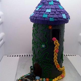 Tangled Tower - Cake by Nila Schneider