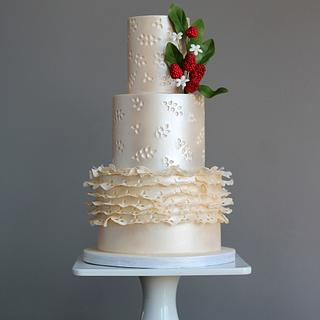 Eyelet Lace Wedding Cake