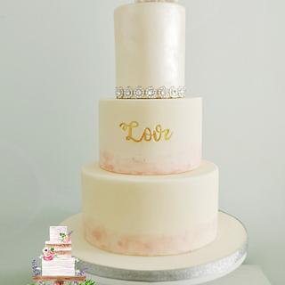 Blush Love wedding cake - Cake by Nerea's dreamy Cakes