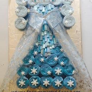 Elsa dress with shimmering bodice cupcake cake