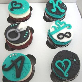 Engagement Cupcakes - Cake by SongbirdSweets