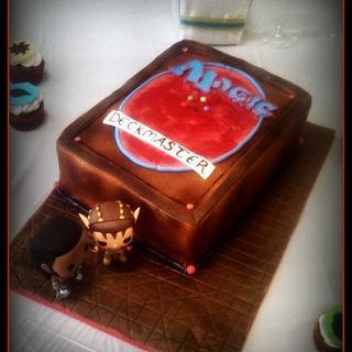 Magic The Gathering wedding cake and cupcakes