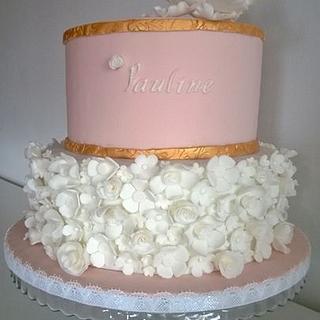 Flower ruffle cake