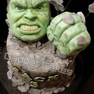 The incredible hulk cake