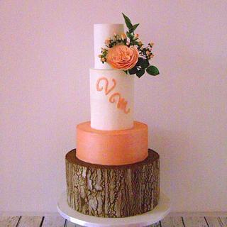 Crackle effect wedding cake