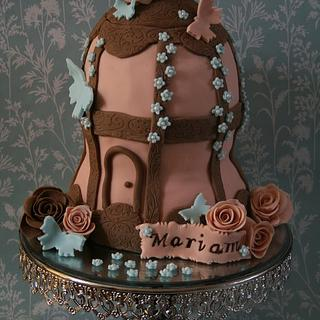 My take on a bird cage - Cake by Mariam's bespoke cakes