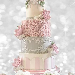 Pretty vintage style cake