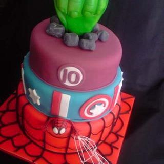 Marvel comic cake