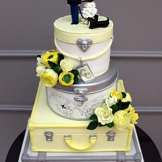 SUITCASES WEDDING CAKE - Cake by Antonia Lazarova