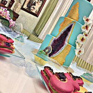 Geode sweet table 💎