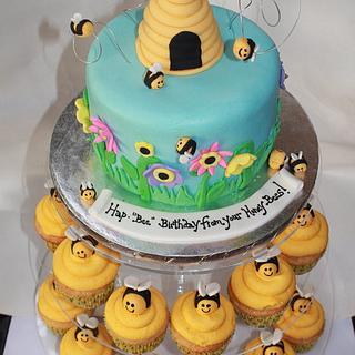 honeybee cake - Cake by gingerbreads