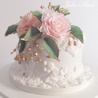 Vintage Wedding Cake - Cake by Julia Marie Cakes