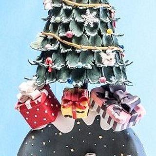 Xmas tree & snowglobe cake