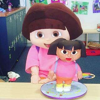 Dora the Explorer  - Cake by Rainie's Cakes