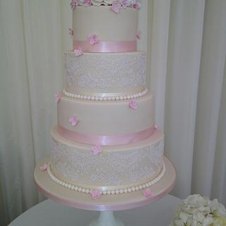 Pink and lace cake