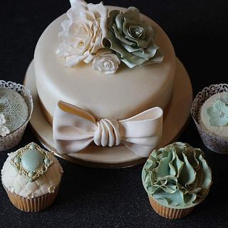 Vintage wedding cupcakes  - Cake by KaysCakesBristol