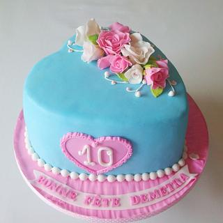 Blue heart cake with roses