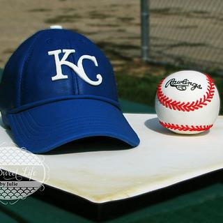 KC Royals Baseball Hat & Baseball Cake