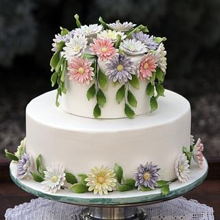 Daisy Chain Wedding Cake