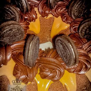 Cookies-caramel-chocolate bundt cake