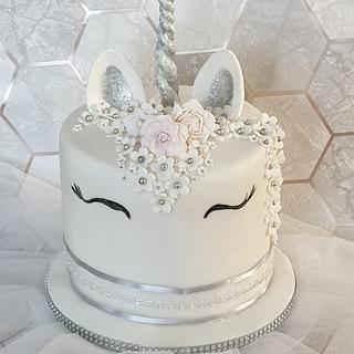 Unicorn silver cake