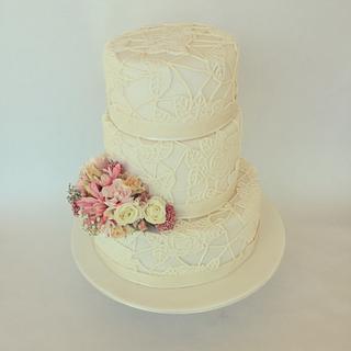 Lace 3 tier wedding
