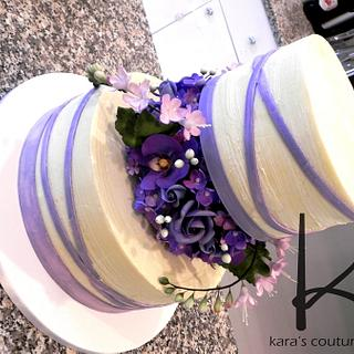 Brushed Ganache, Floral Separator and a Floating Tier