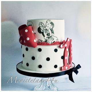 Minnie Mouse cake...